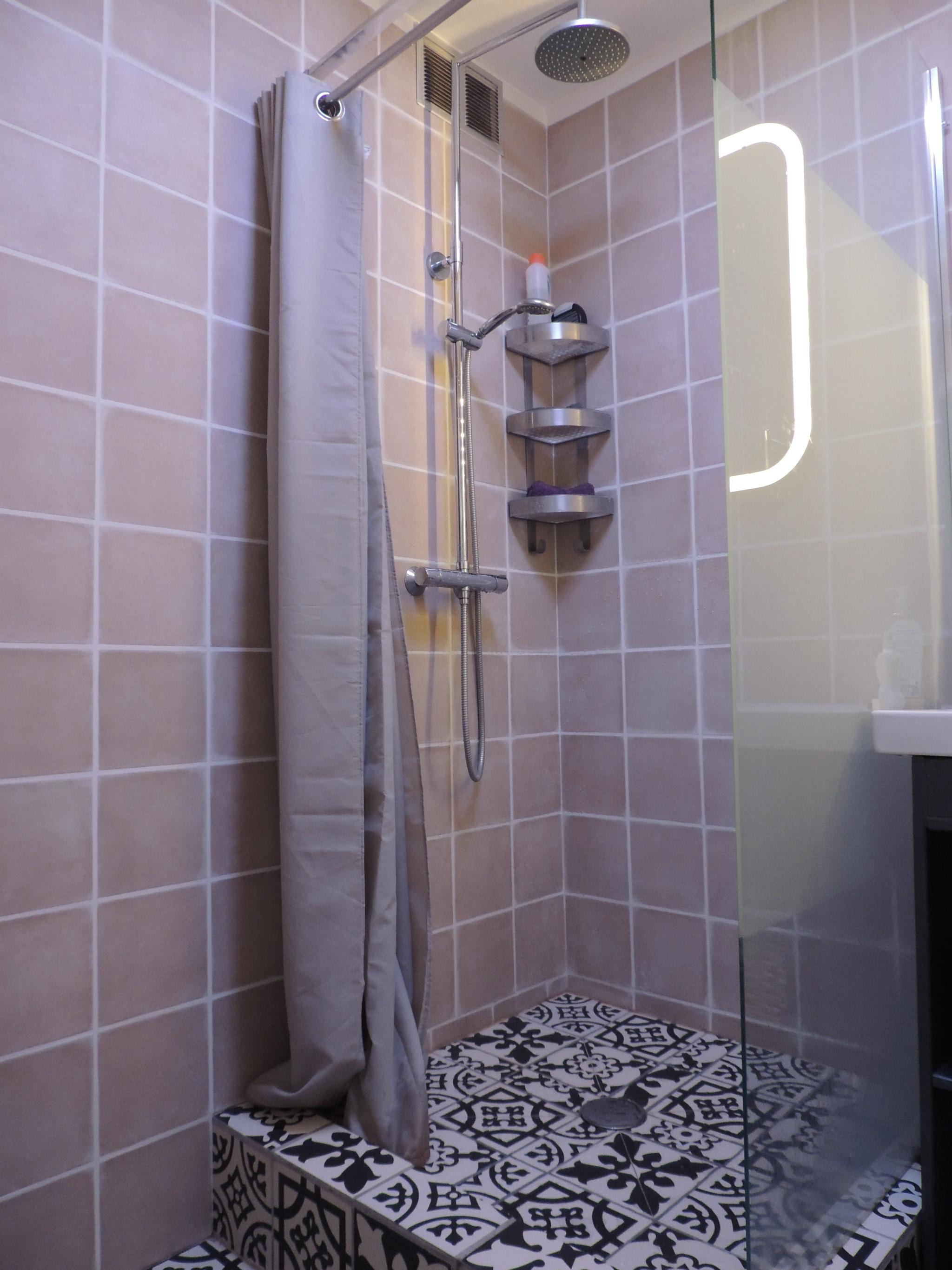 Chantier rénovation salle de bain (avant/après)